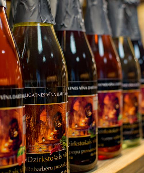 Dzirkstošais vīns