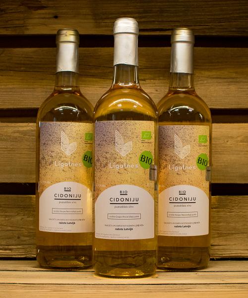 cidoniju pussaldais vīns 3
