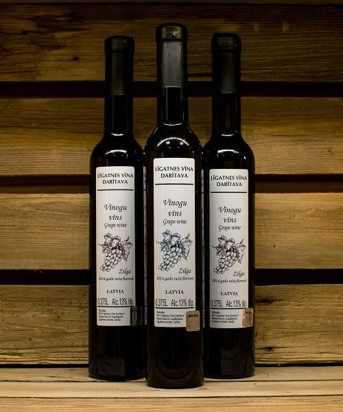 vīnogu vīns zilga 3