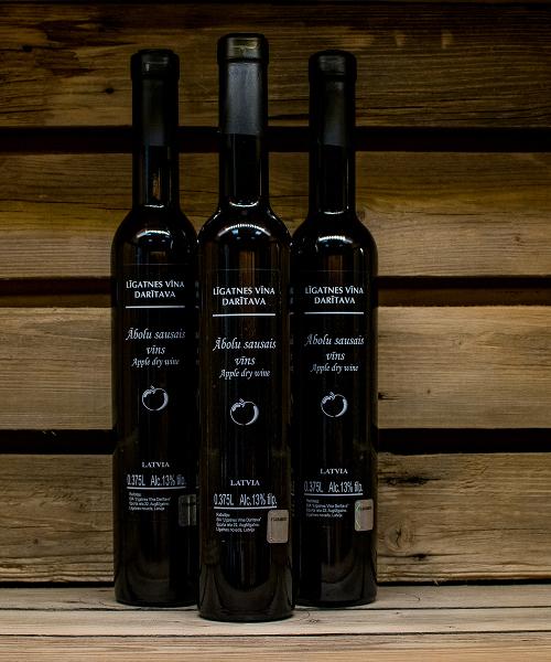 ābolu sausais vīns 3