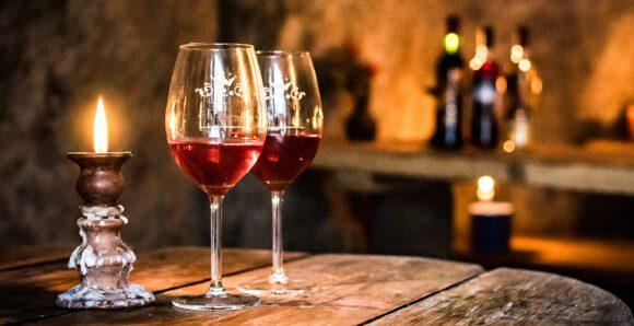 līgatnes vīna darītava glāzes alā